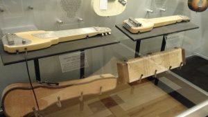 Lapsteel Leo Fender - Music Kolor visita fábrica da Fender em Corona
